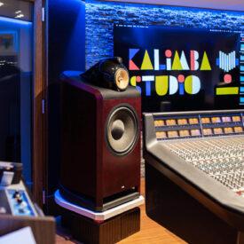 Kalimba-studio-regia-SSL-console-casse