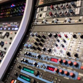 Lexicon-PCM42-PCM70-digital-reverb-delay