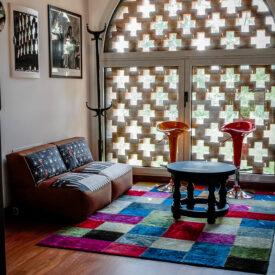 minimoog-sofa-recording-studio-lounge