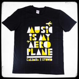 t-shirt Music is my aeroplane